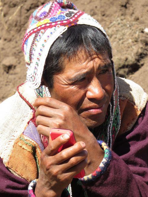 peru peruvians smartphone