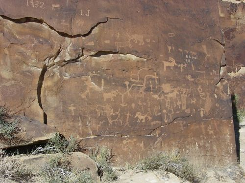 petroglyphs nine-mile canyon carbon county
