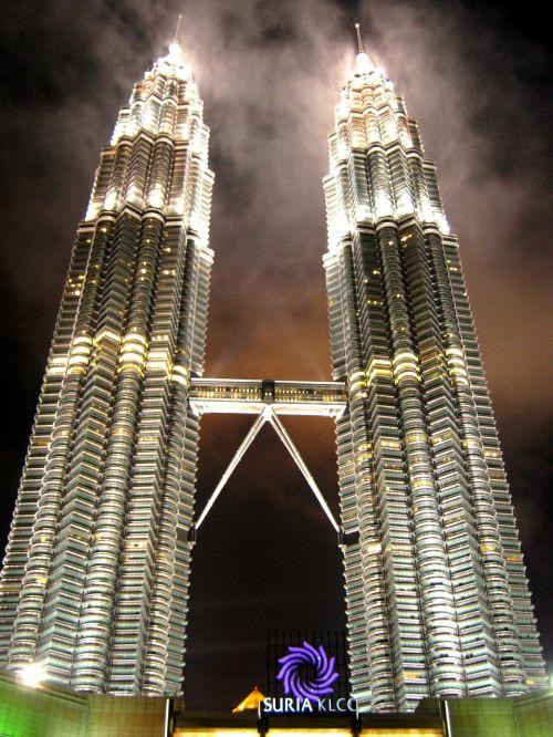 petronas towers twin towers malaysia