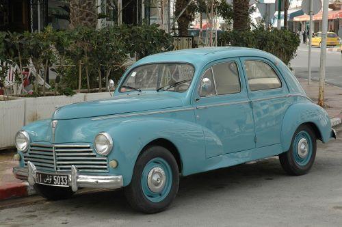 peugeot 203 old car