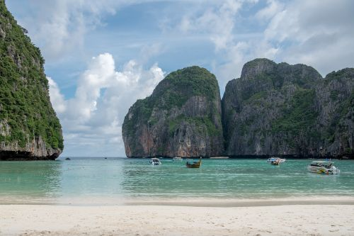 phi phi islands phi phi lay maya bay