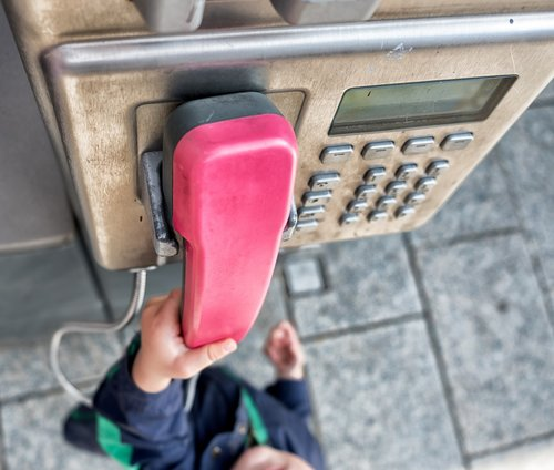 phone  hand  child's hand