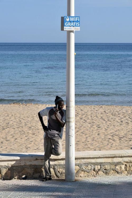 phone wifi beach
