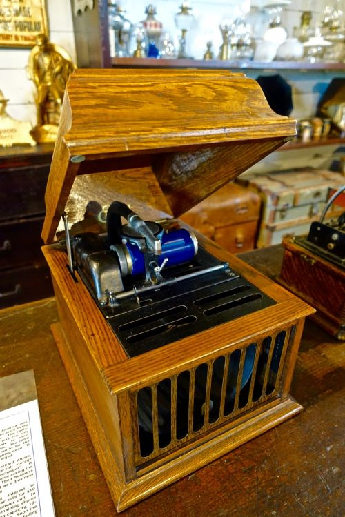 phonograph music player gramophone