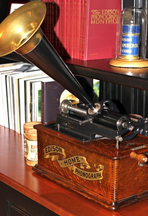 phonograph cylinder americana