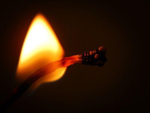 phosphorus fire burn