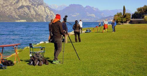 photographer easel lake
