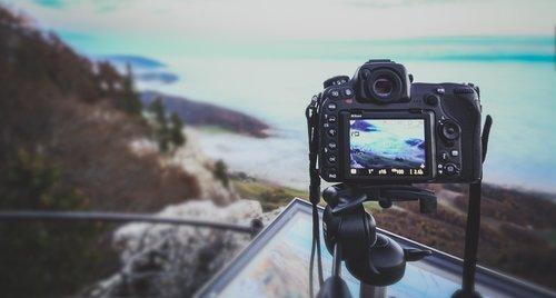 photographer  camera  equipment