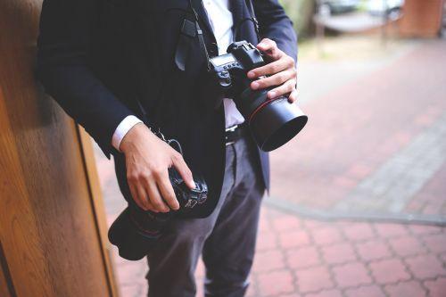 photographer cameras dslr