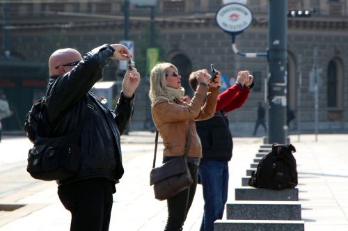 photography tourists number