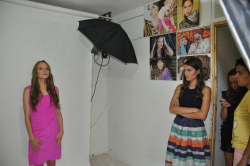 photoshoot fashion model
