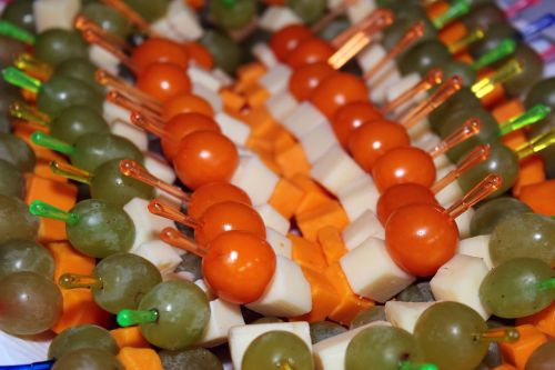 physalis cheese grapes