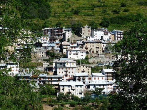 piaggia village place