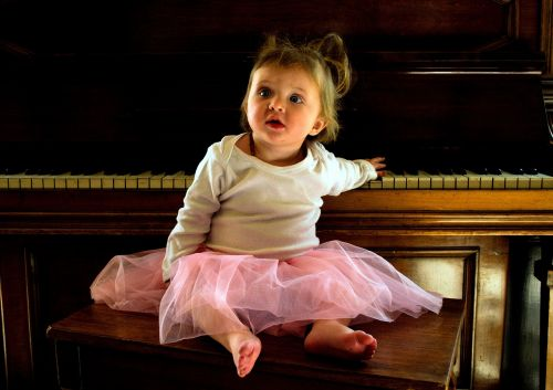 child piano concert