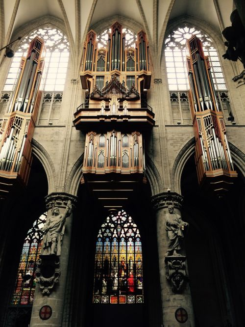 piano cathedral brussels