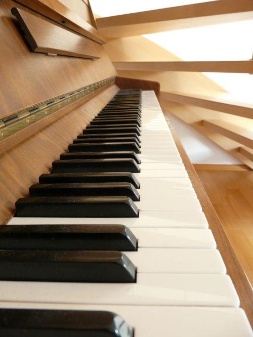 piano piano keys white