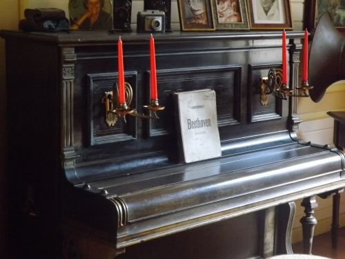 piano beethoven candles