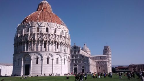 piazza dei miracoli pisa torre