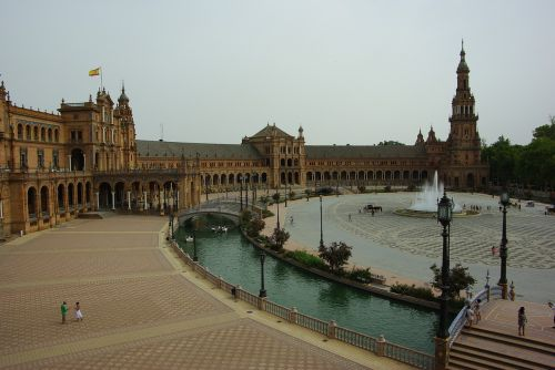 piazza di spagna monument seville