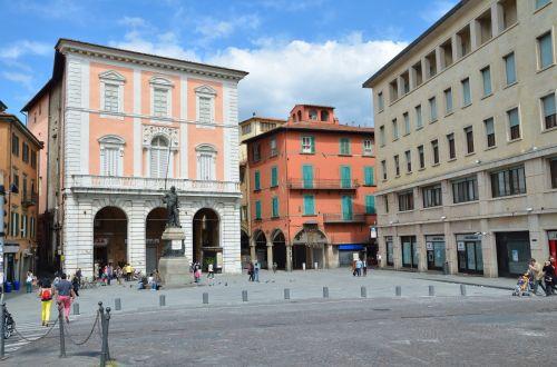Piazza Garibaldi In Pisa