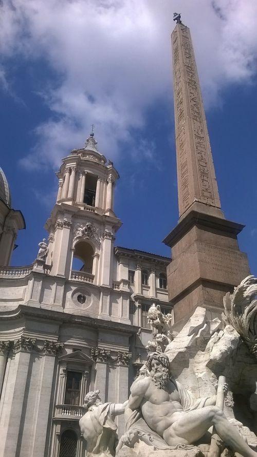 piazza navona fountain of the rivers fontana dei quattro fiumi