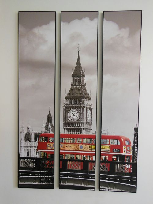 picture trolley clock