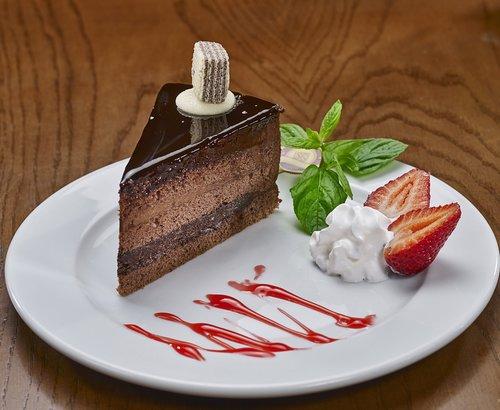 pie  chocolate cake  presentation on the plate