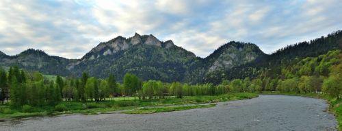 pieniny mountains the three crowns