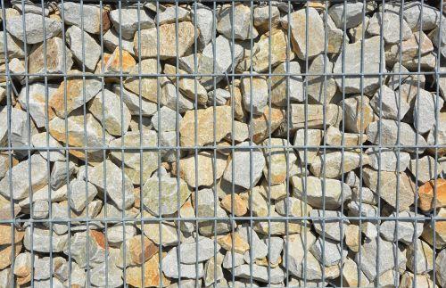 pierre pebbles wall of pebbles