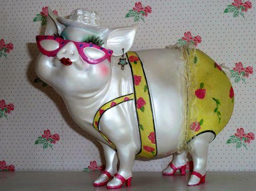 pig save pink