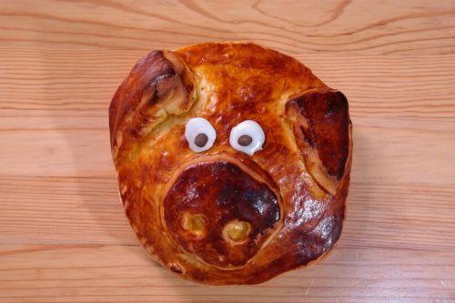 pig pastries piglet
