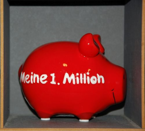 piggy bank money wealth