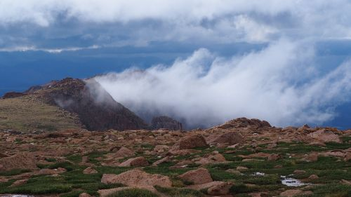 pikes peak national park landscape