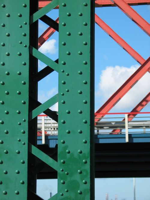pillar spijkenisse bridge