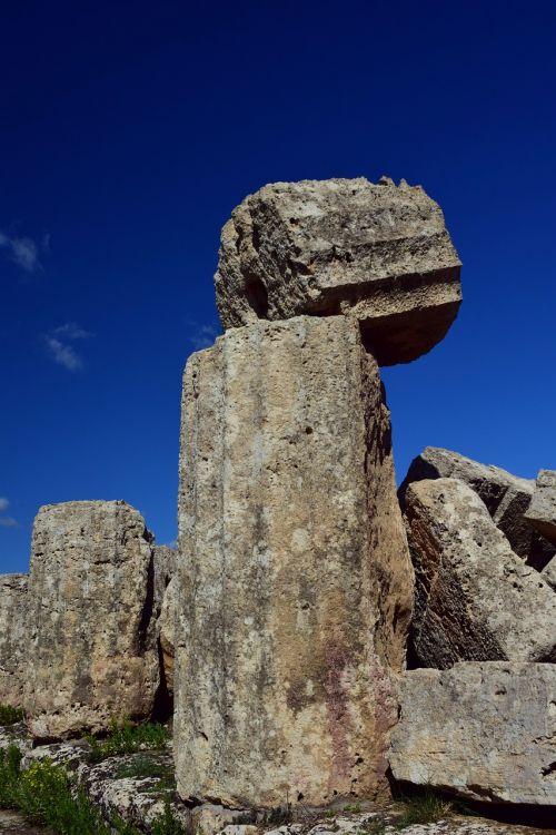 pillar antique temple