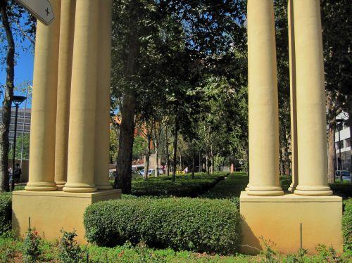 Pillars At Sandton