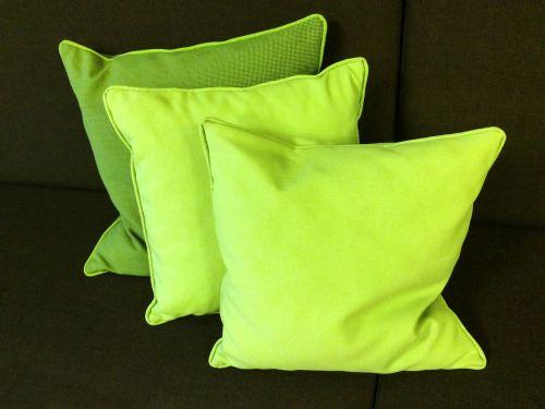 pillow deco green