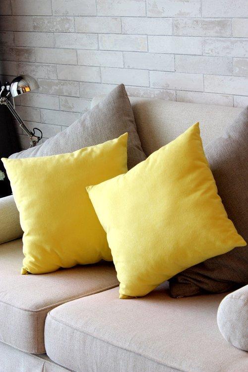 pillow  yellow  sofa