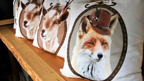 pillows bavarian ornaments
