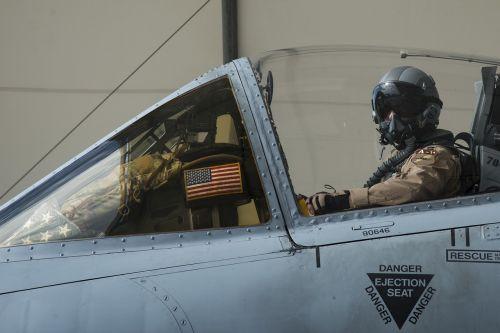 pilot a-10 warthog