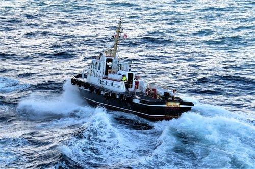 pilot  boat  water