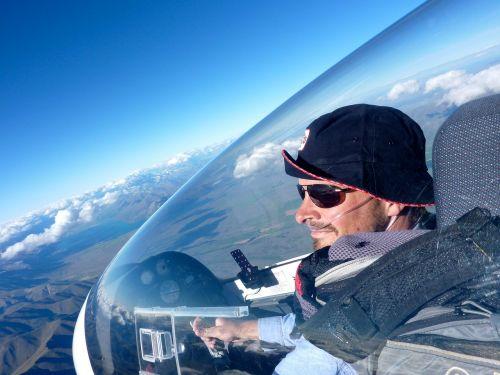 pilot gliding view