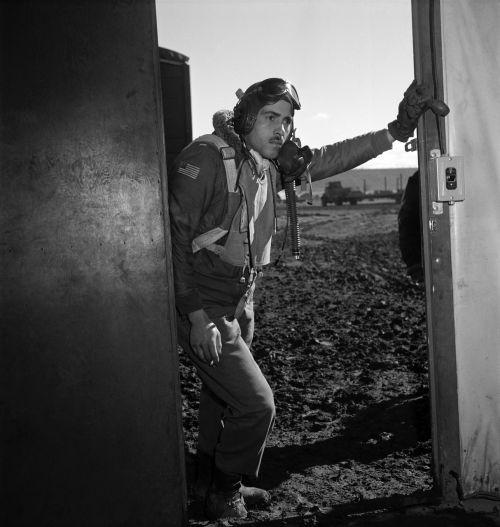 pilot flyer tuskegee