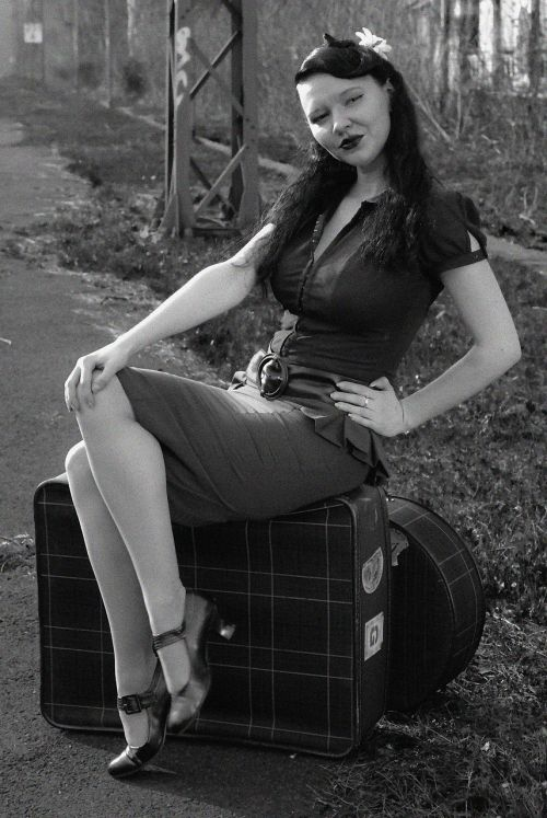 pin up black and white retro
