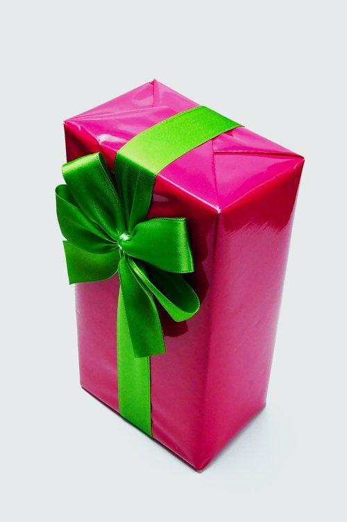 pink  packaging  box