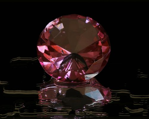 pink diamond round cut gem stone