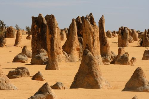 pinnacles nambung desert