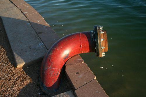 pipe red lake