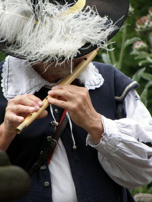 piper musician man