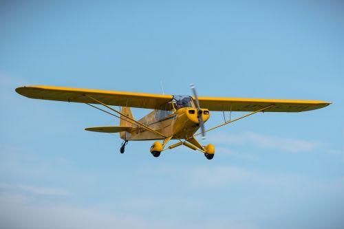 piper cub aircraft propeller